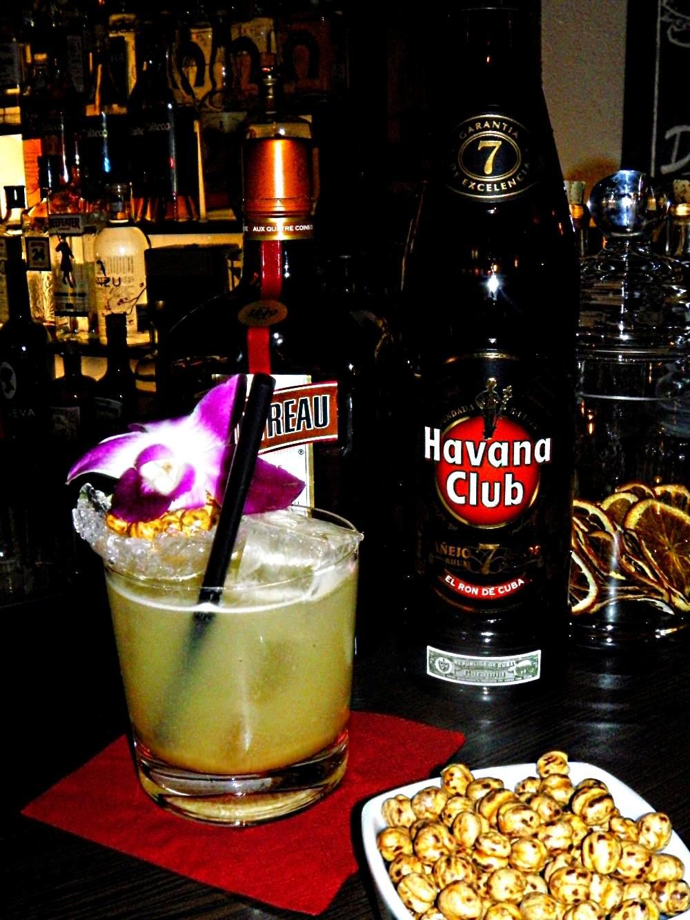 Cocktail mit Kichererbsen